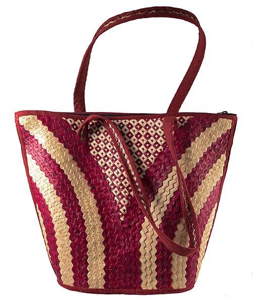 Woven bag V design