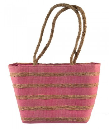 Small woven bag with shell decoration