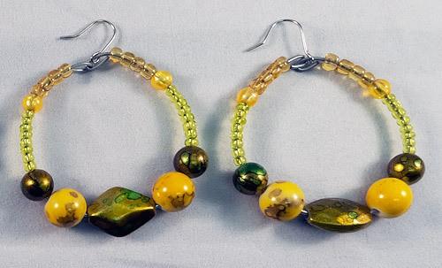 Earrings beads yellow green mix
