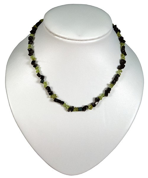 Necklace olivine and obsidian